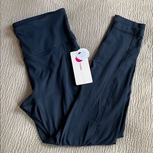 Yogalicious ultra soft high rise leggings w/pocket